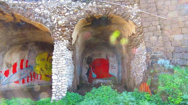 Degrado dei ruderi della Villa Romana a Sorrento
