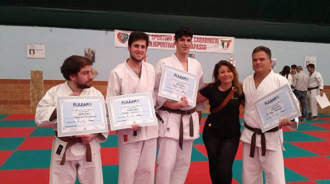 Garanzia di soddisfazione al 100% grandi affari ordine ASD Karate Line: Complimenti ai ragazzi che hanno ottenuto ...