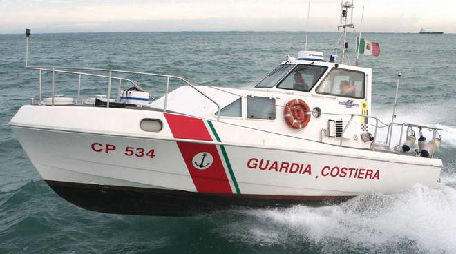 La Guardia Costiera controlla le coste campane