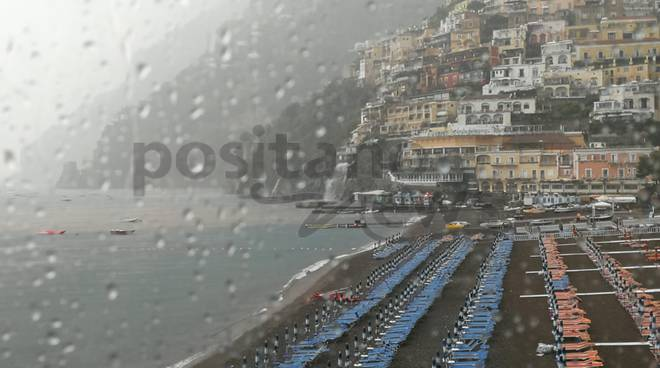 Allerta meteo per pioggia e temporali in Toscana 14 agosto 2018