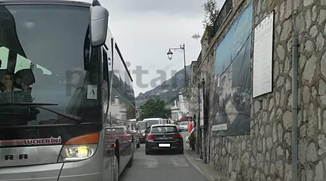 praiano traffico bus