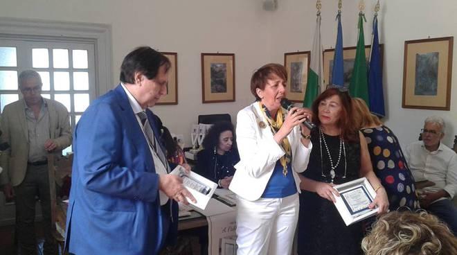 """A CAPRI, UN SUCCESSO IL PREMIO INTERNAZIONALE DI POESIA """"A PABLO ..."""