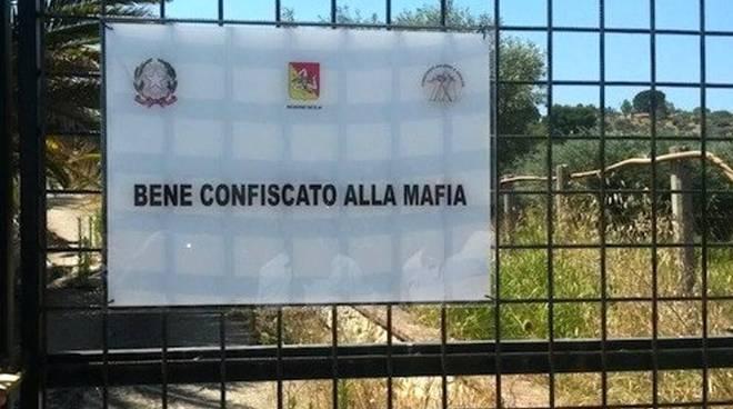 bene confiscato alla  mafia