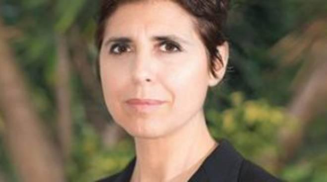 """La senatrice M5S La Mura lancia la campagna """"Mare Blu"""""""