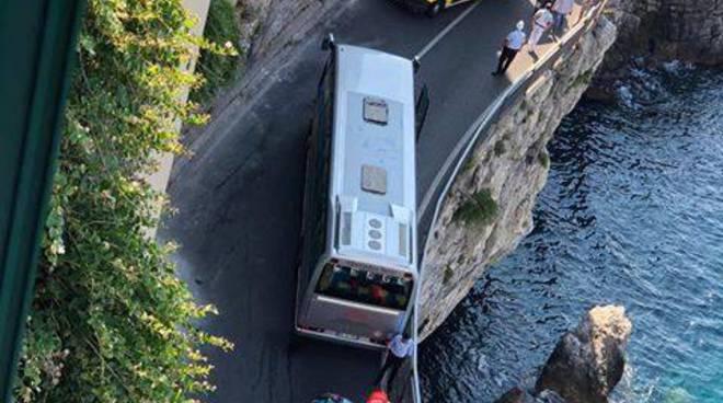 Autobus incidente ad Amalfi Vincenzo di Ravello