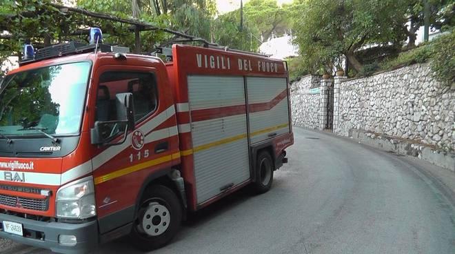 Chiusi i bagni pubblici di Capri per allagamento