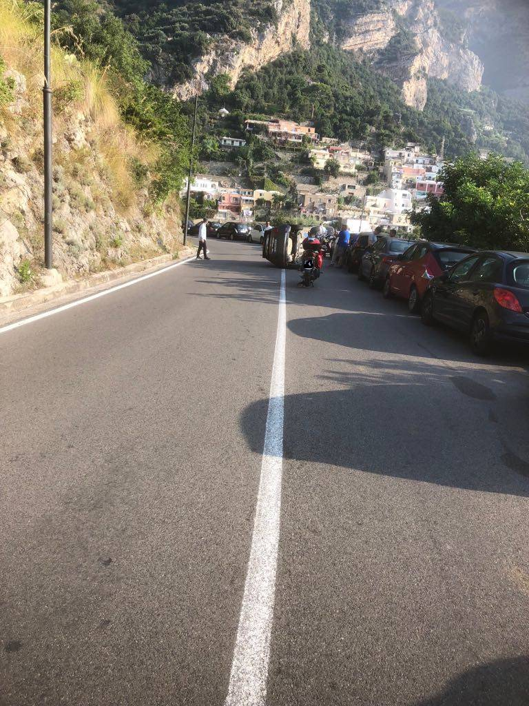 incidente-a-positano-la-garitta-3227870