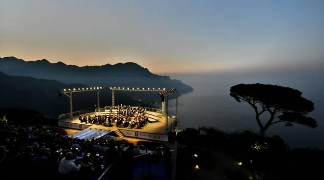 ravello-festival-il-rito-del-concerto-dell-alba-di-ravello-incanta-e-rapisce-3227973