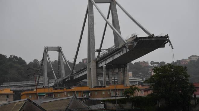 Salgono a sei le vittime campane della tragedia di Genova