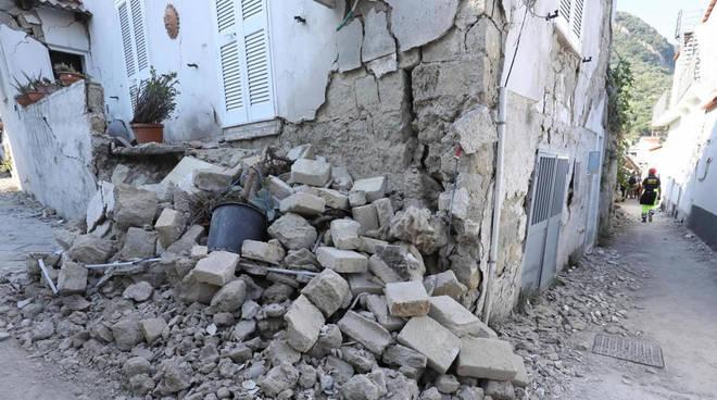 Una messa per ricordare il terremoto del 2017 ad Ischia