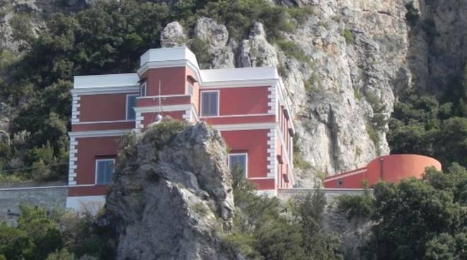 Il Faro di Capo d'Orso a Maiori ospiterà una casa del WWF