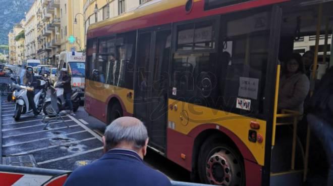 autobus bloccato