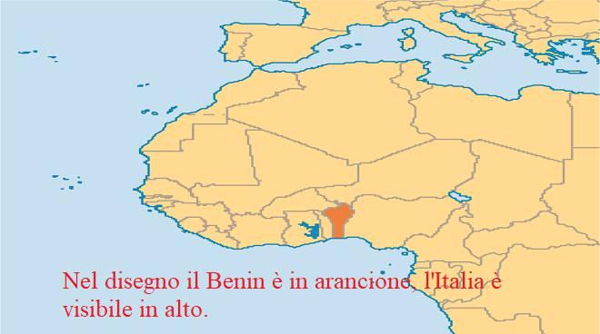 Benin africa per Abbraccio della madre