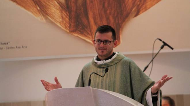 Ischia. Don Gianfranco Del Neso diventerà padre, sospeso dal ministero sacerdotale