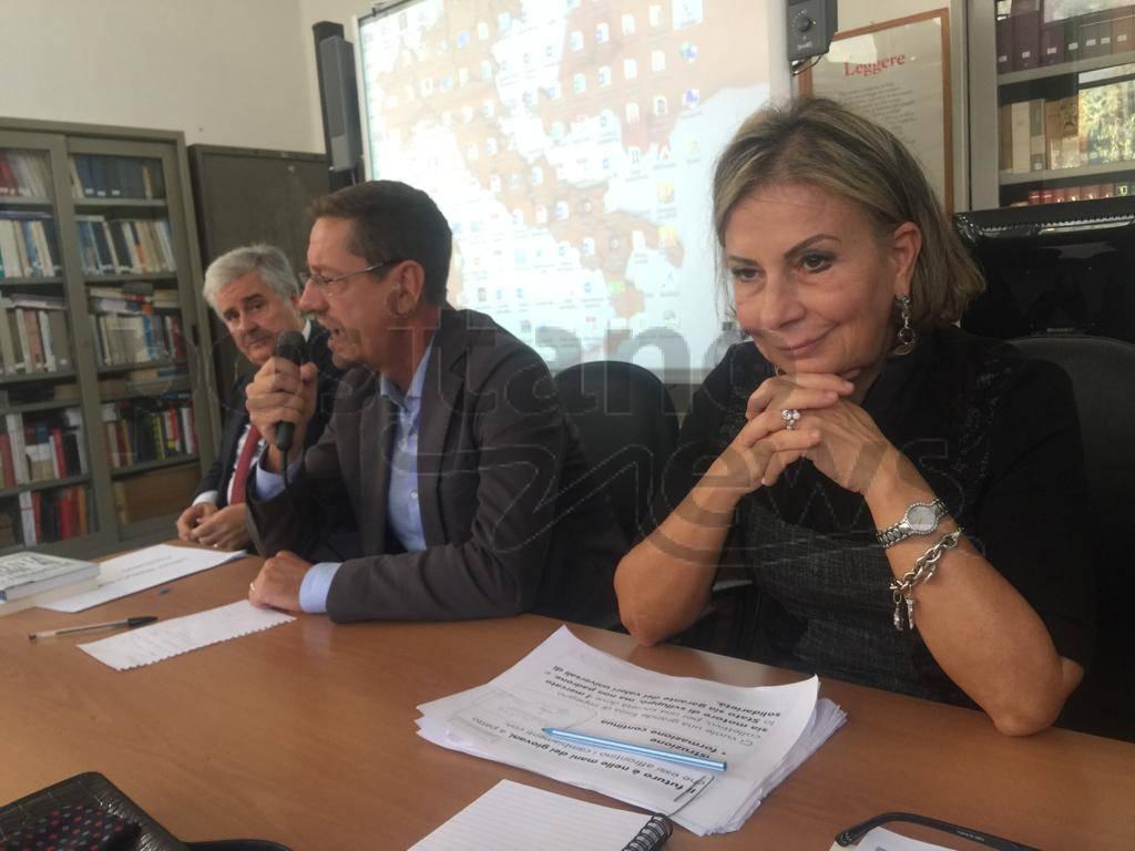 Meta, liceo Marone lezione Commendatore Gaetano Mastellone