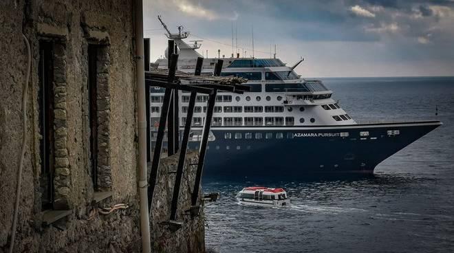 Navi crociera ad Amalfi