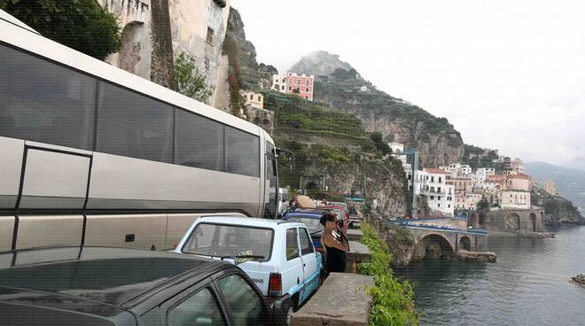 Protesta autobus in Costiera amalfitana