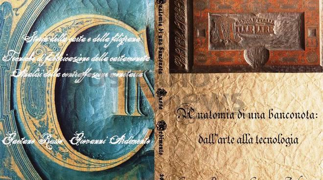 1dbdc60749 Una cartolina da collezione a tiratura limitata, commemorativa di San Pio da  Pietrelcina