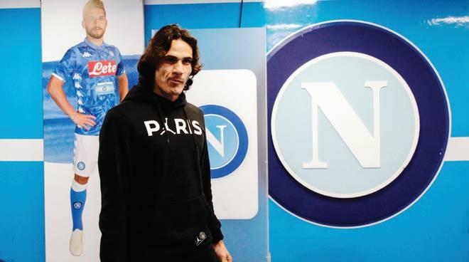 Cavani un possibile ritorno a Napoli