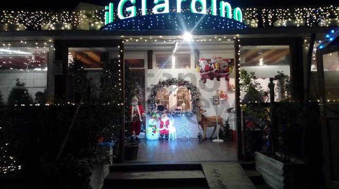 Villaggio Di Babbo Natale Cava Dei Tirreni.Sorrento Il Giardino Di Sorrento E Il Suo Unico Villaggio