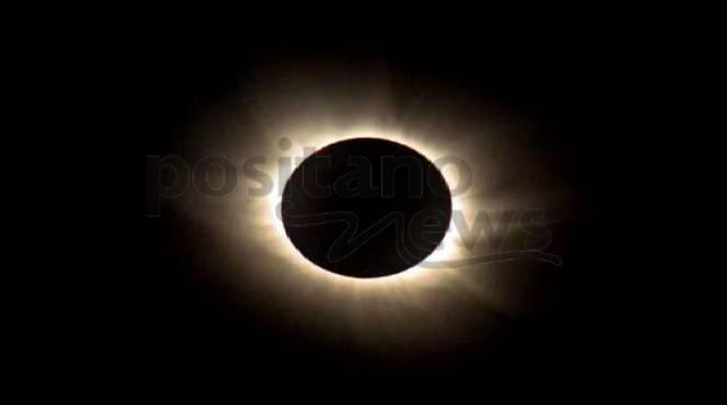 """""""L'eclissi della storia"""" di Gennaro Cuccaro - Il primo romanzo web di Positanonews"""