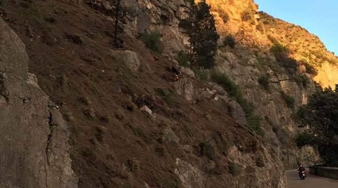 Furore costone di roccia