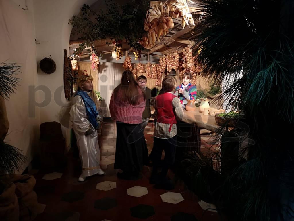 Presepe viventi degli alunni della Gemellia a Maiano Sant'Agnello