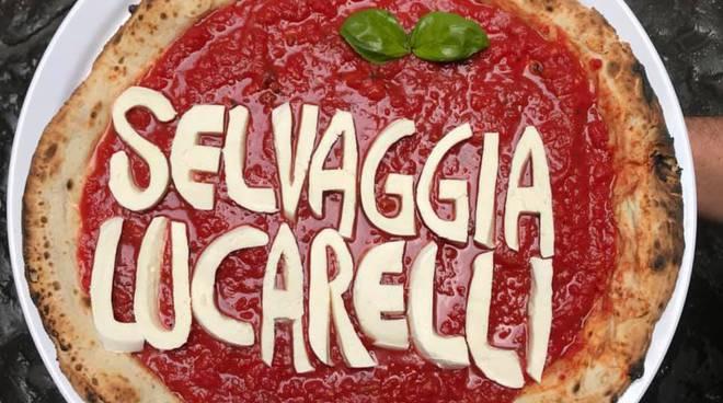 Sorbillo dedica una pizza alla Lucarelli