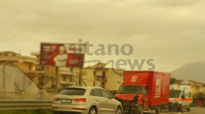 Castellammare incidente sul Viadotto morte Patrizia Oliva