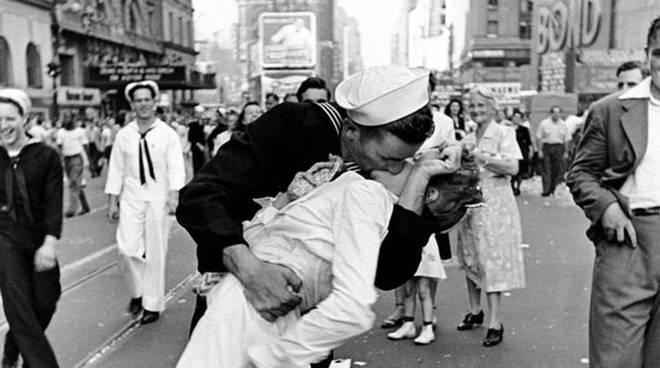 Il bacio più famoso del Novecento