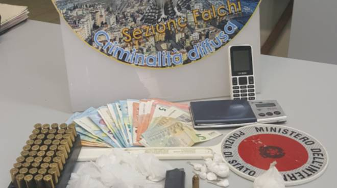 Salerno: polizia arresta  pregiudicato per armi e droga
