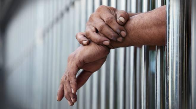 Tragedia al carcere di Poggioreale