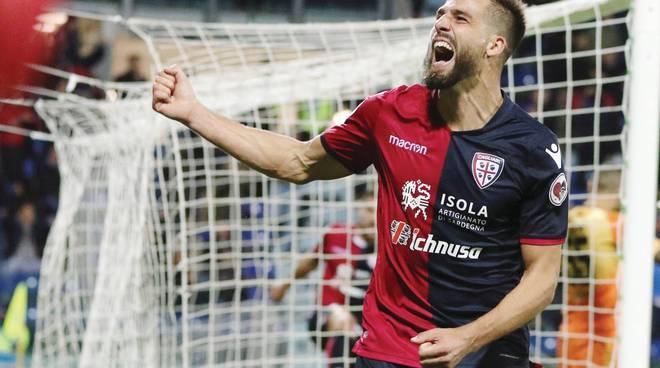 Un grande Pavoletti manda KO il Parma