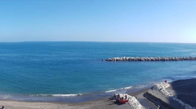 Atrani spiaggia pulita