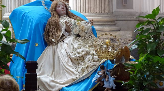 Madonna dalle scarpe consumate