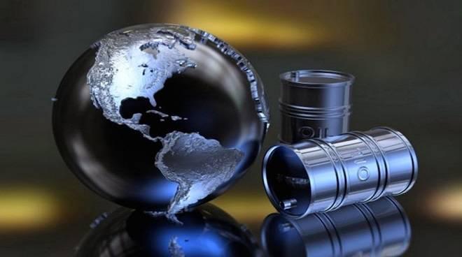 Risultati immagini per petrolio