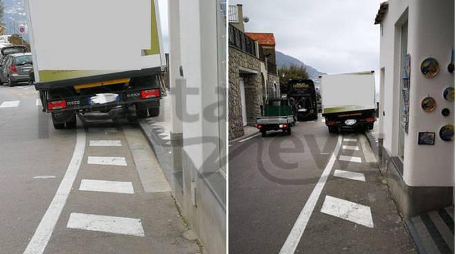 camioncino in sosta vietata