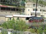 Costiera Amalfitana, bus parcheggiati lungo la statale e traffico