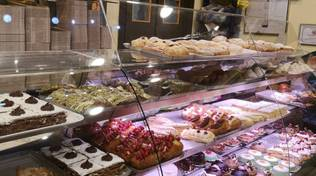 Bar romano,  the best desserts and coffee