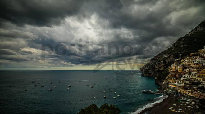 Allerta Meteo dalle 15 attenzione in Costa d\' Amalfi e Sorrento