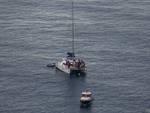 catamarano in mare
