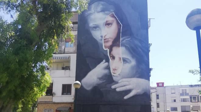 amica geniale murales