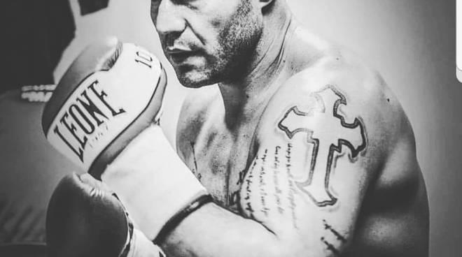 Il boxer che visse due volte: Sergio Romano a Ladispoli per una nuova sfida
