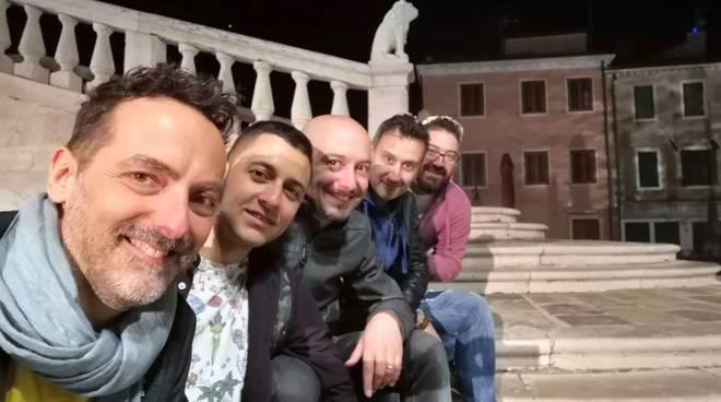 La band Kantiere Kairòs a Positano