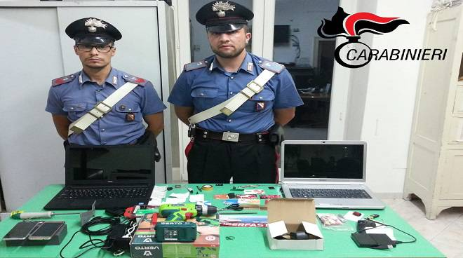 operazione spiaggia sicura arrestati clonatori di bancomat