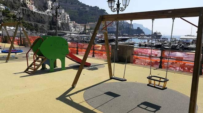Ad Amalfi si inaugura il parco giochi col panorama più bello del mondo