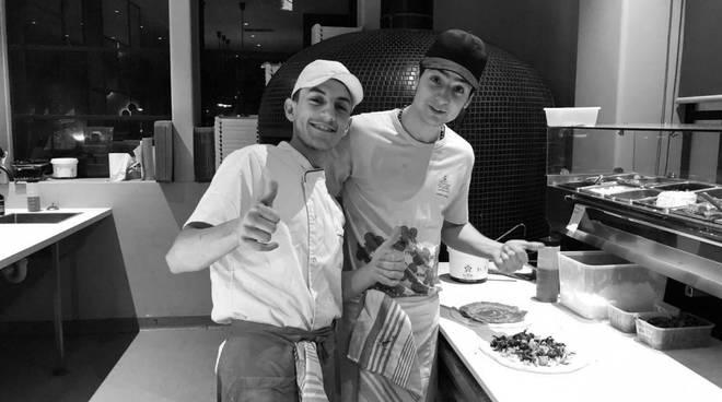 """Il ritorno dopo l'Australia: due cugini pizzaioli inaugurano  la """"Liccardo pizzeria  da 0 a 1…"""""""