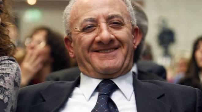 De Luca rilancia: «Fuori dal commissariamento o denuncio il Governo»
