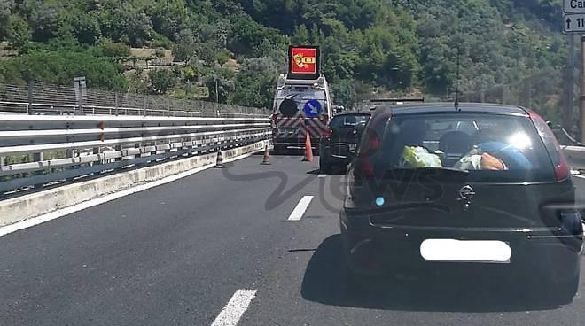 incidente canalone traffico a3 vietri sul mare