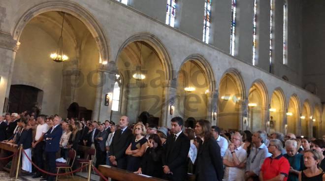 napoli-i-funerali-di-luciano-de-crescenzo-ph-gino-la-gatta-3256157
